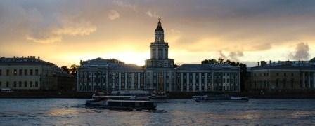 вечерние экскурсии на теплоходах по Санкт-Петербургу