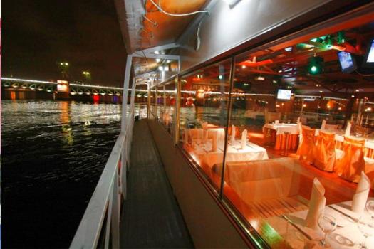 Водные экскурсии в Санкт-Петербурге, водные экскурсии по рекам и каналам, водные экскурсии по Неве, водные прогулки на развод мостов
